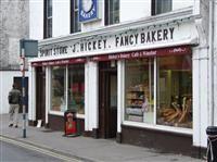 Hickeys Cafe and Bakery