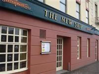 The New Ship @ Dooleys Hotel
